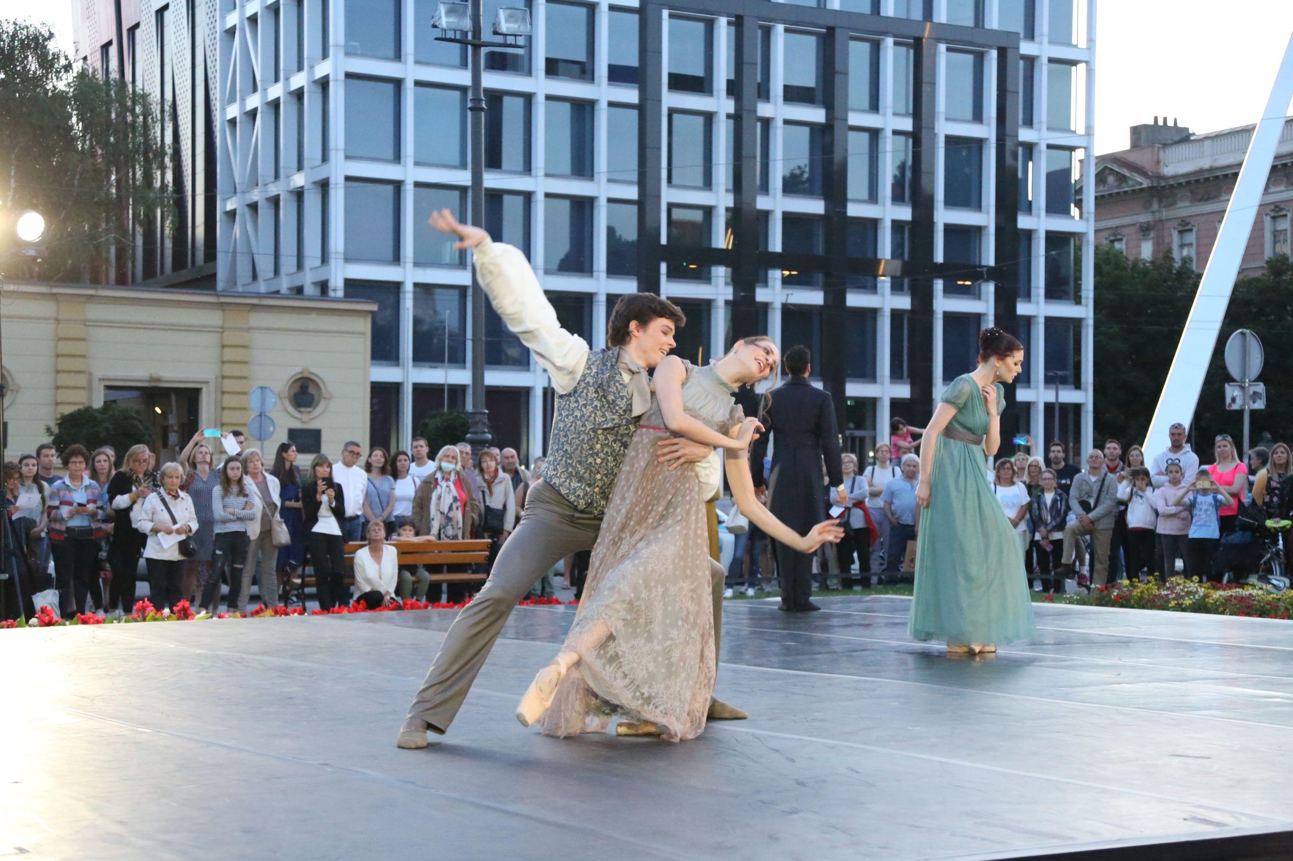 Ljetne večeri HNK u Zagrebu otvorio je scensko glazbeni događaj Lipanjska noć