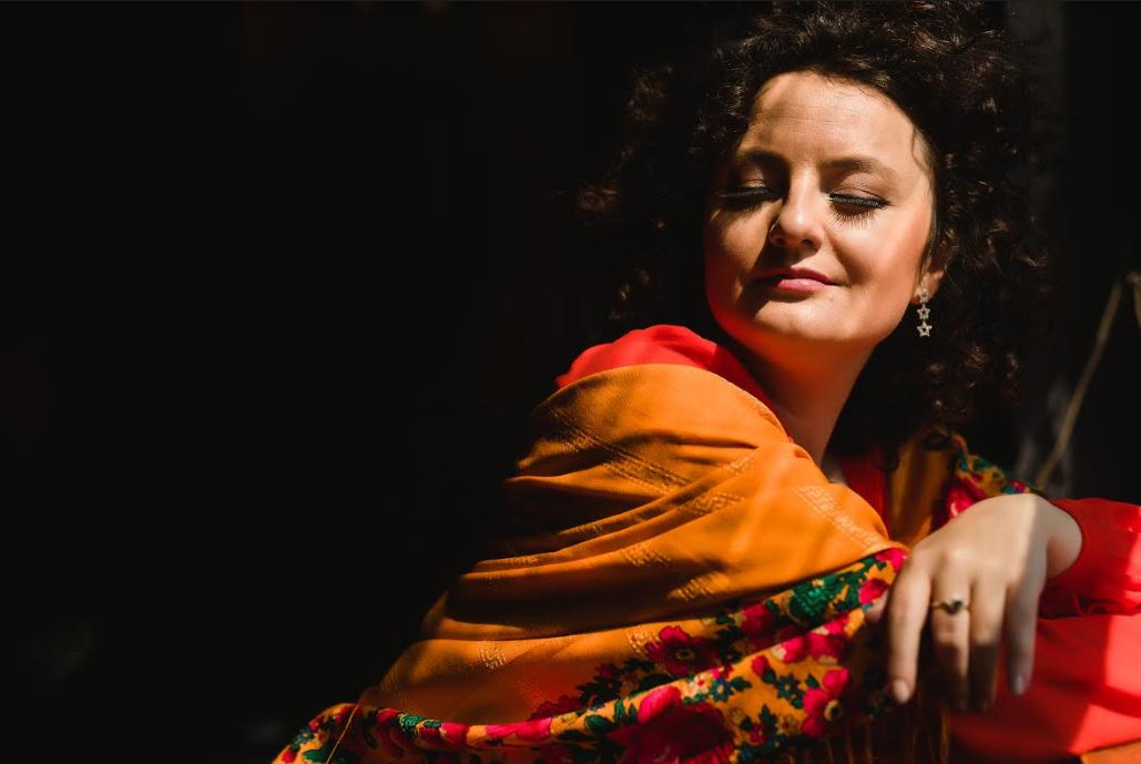Izvrsna akademska glazbenica Zrinka Posavec najavljuje novi world music album 'Pjesme o ljubavi i tijelu'