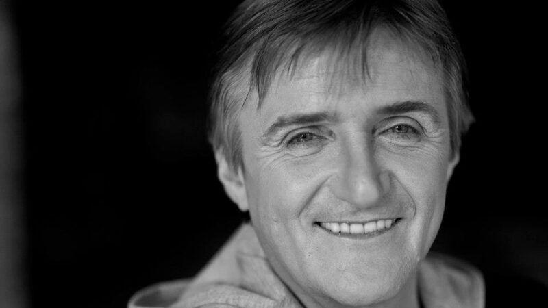 Preminuo je legendarni glazbenik Rajko Dujmić