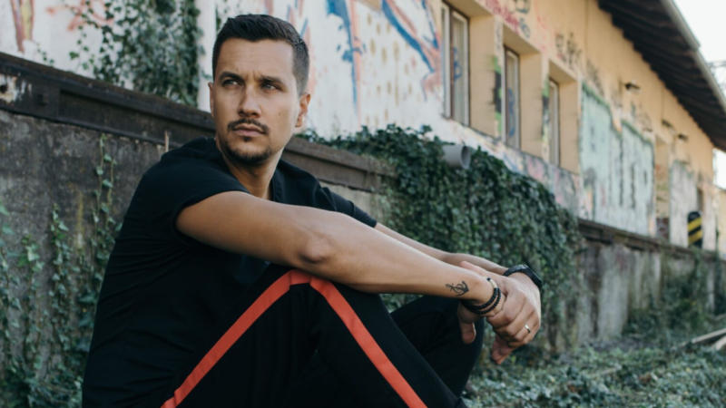 Marko Tolja: Pokušavam pisati i snimati pjesme koje bi mogle ostati nakon mene, a ne trenutne mega hitove