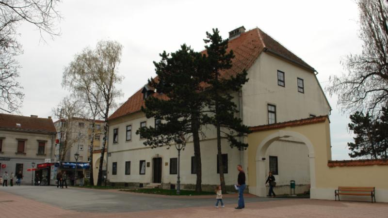 Nova izložba u Muzeju Prigorja: Putujući kroz krug i kvadrat