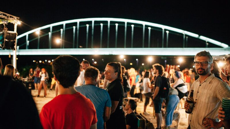 Ribička večer uz šarana na rašljama i fiš paprikaš i koncert grupe Stampedo na Green River Festivalu