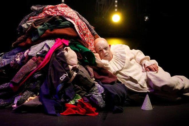 Festival svjetskoga kazališta nastavlja se dolaskom kazališne skupine Pippa Delbona s predstavom 'Sreća'