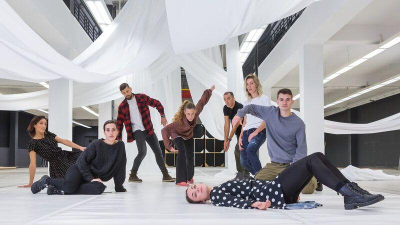 Plesni centar Tala obnavlja predstavu re:konstrukcija Muškarci u suknjama, a žene-isto!?