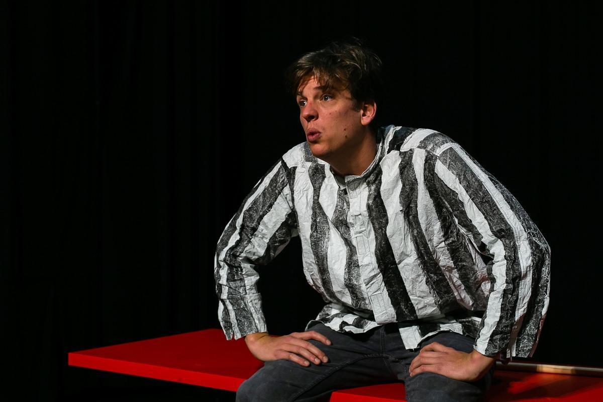 Laku noć, lopovi – dobro jutro, Dublin: Nova komedija nezavisnog kazališta Kuća smija