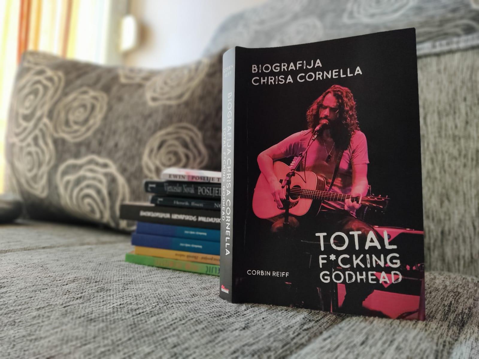 Hrvatski prijevod biografije Chrisa Cornella u izdanju Rockmarka