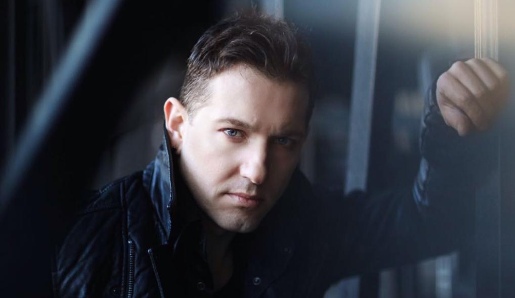 Tiho Orlić: Pjesme većinom nastaju od kontinuiranog glazbenog rada, a manje od neke idealizirane inspiracije, kako mnogi zamišljaju