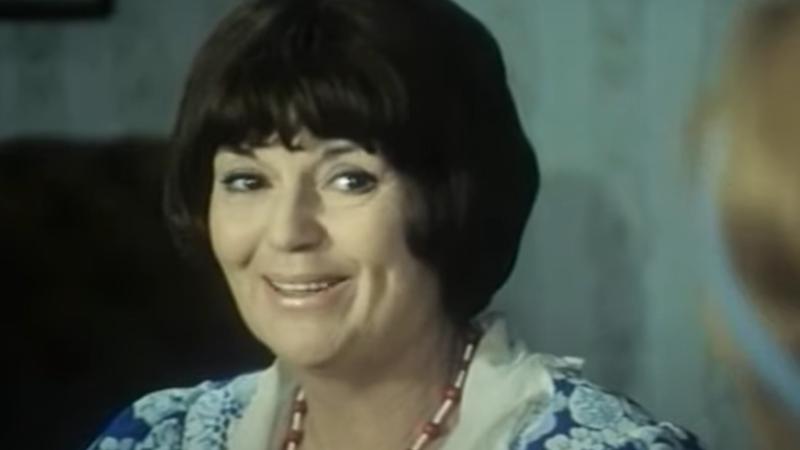 Mia Oremović: Neponovljiva teta Mina u najzagrebačkijem filmu svih vremena 'Tko pjeva zlo ne misli'