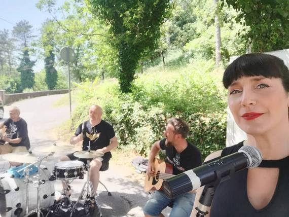 Legendarna pjesma EKV-a u punokrvnoj rock verziji riječke četvorke