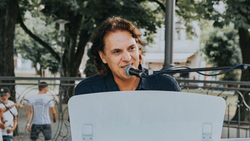 Alenu Slavici uručena priznanja za 40 godina karijere i platinastu nakladu albuma 'Dao sam ti dušu'