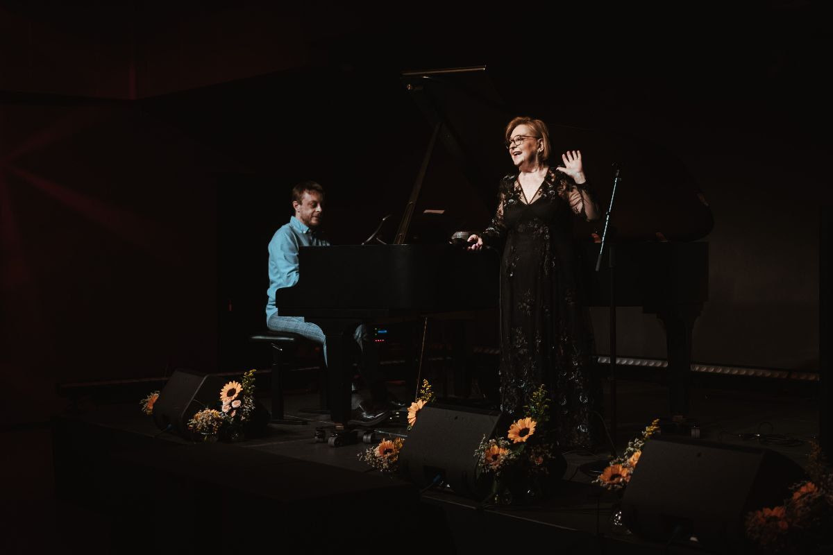Gabi Novak, Matija Dedić i Marko Ramljak održali prvi koncert u Kući umjetnosti Arsen
