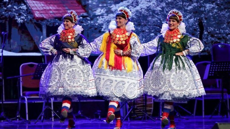 Ansambl LADO u Sjevernoj Makedoniji nastupao s ansamblom TANEC