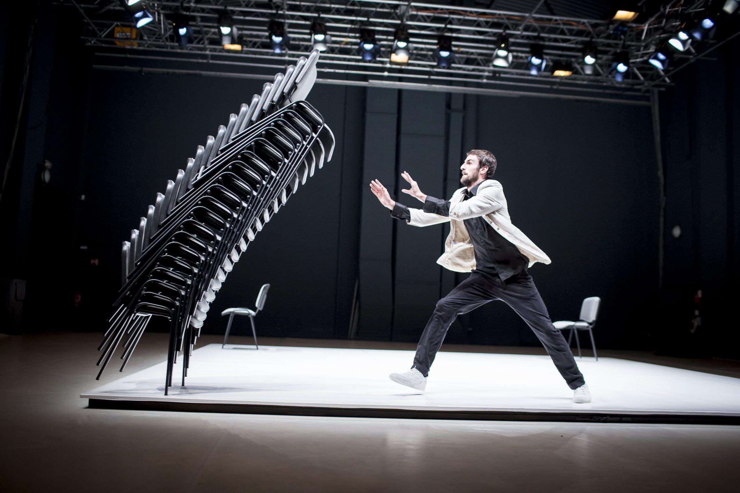 U Hrvatsku stiže jedan od najatraktivnijih plesača današnjice – Viktor Černický!