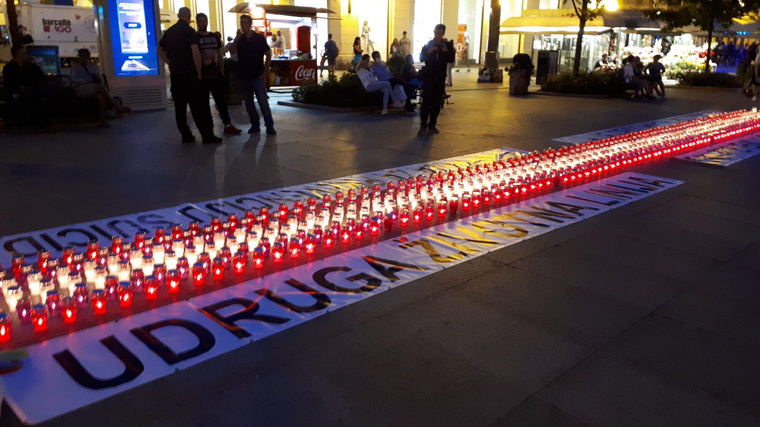 Svjetski dan prevencije samoubojstava:  566 svijeća zapalit će se na Cvjetnom trgu
