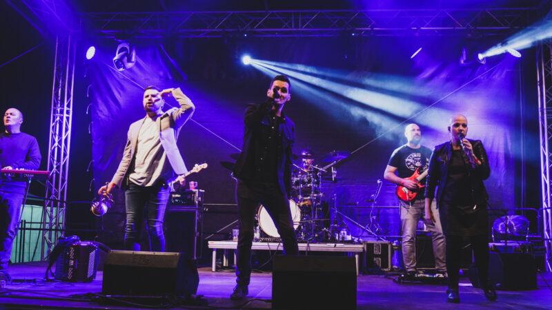 Ima neka tajna veza između beogradskog S.A.R.S-a i zagrebačke publike: Održan vatreni koncert na Velesajmu