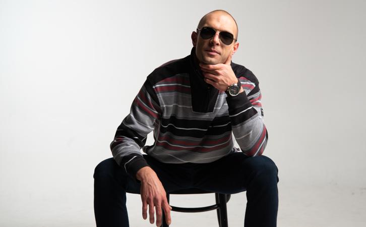 Zagrebački pjevač i producent Filip Tkalčić objavljuje novi singl 'Pesimističan'