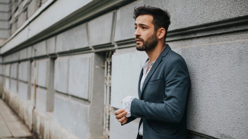 Matej Milošev objavu albuma prvijenca obilježio predstavljanjem singla 'Vječni sjaj' nastalog u suradnji s TBF-om